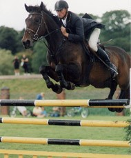 International Showjumper Catchas Catch Can