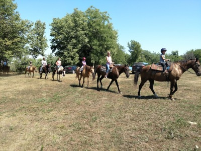 S & S Stables - Trail Riding Kansas